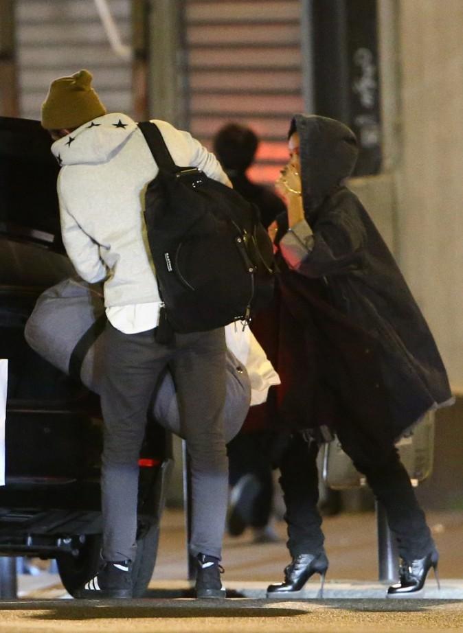 Photos : Robert Pattinson: de Paris à Bruxelles, toujours là pour soutenir et admirer sa belle !