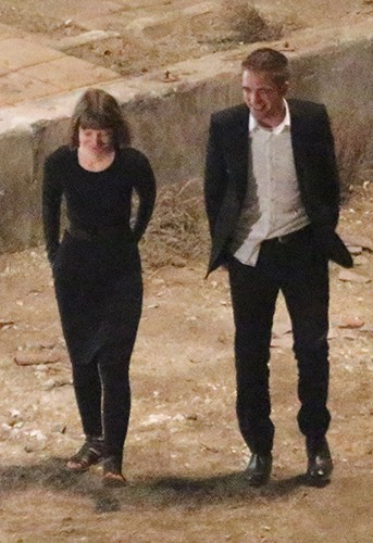 Robert Pattinson et Mia Wasikowska à Hollywood le 21 août 2013