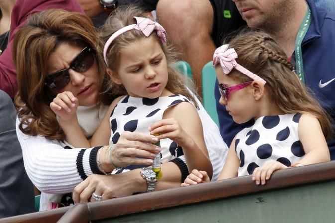 Mirka, Myla et Charlène Federer à Roland-Garros le 25 mai 2014