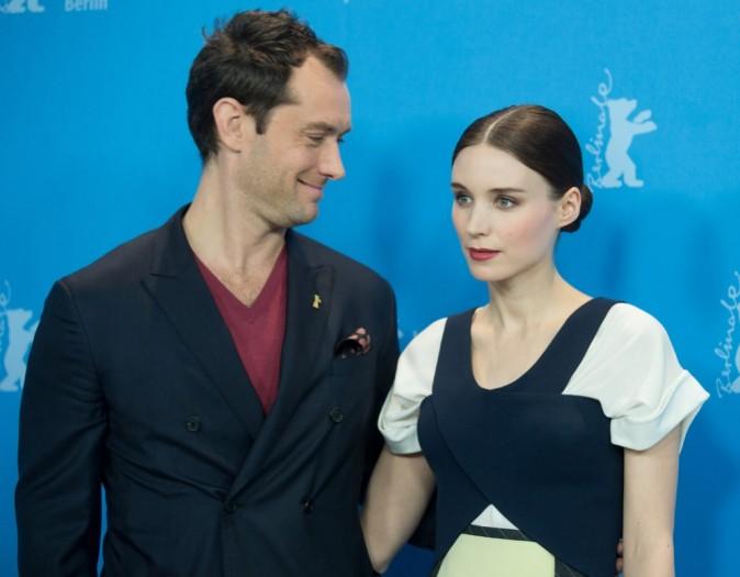 Rooney Mara et Jude Law lors du photocall de Side Effects aujourd'hui en Allemagne