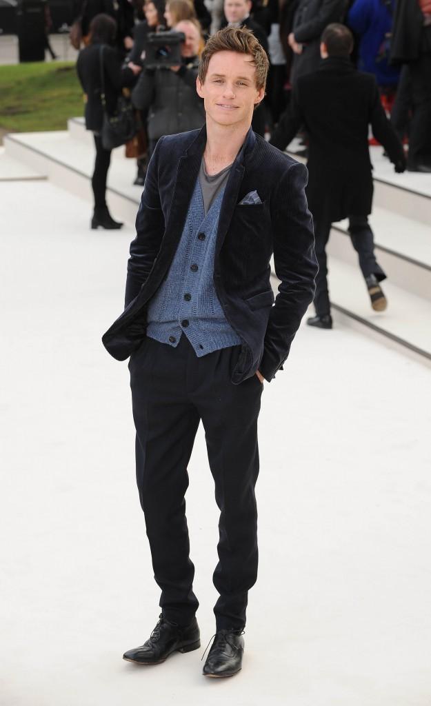 Eddie Redmayne lors du défilé Burberry à Londres, le 20 février 2012.