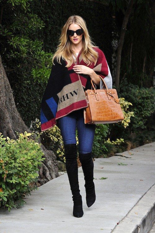 Photos : Rosie Huntington-Whiteley : divine en mode casual chic !