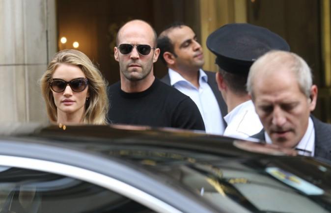Rosie Huntington-Whiteley et Jason Statham à Paris, le 26 septembre 2013.