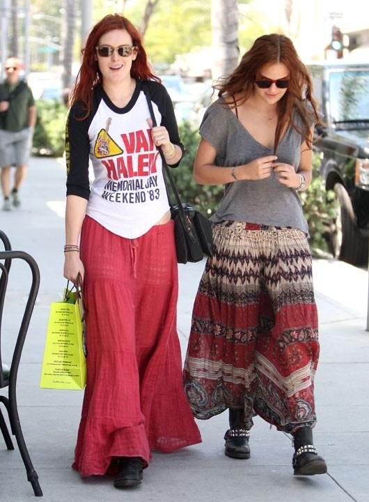 Leur style est très différent de celui de leur maman très chic, Demi Moore !