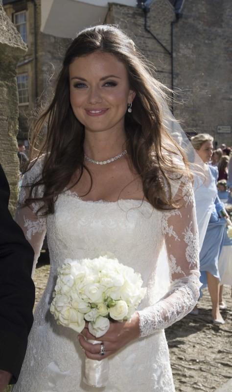 Une superbe jeune mariée