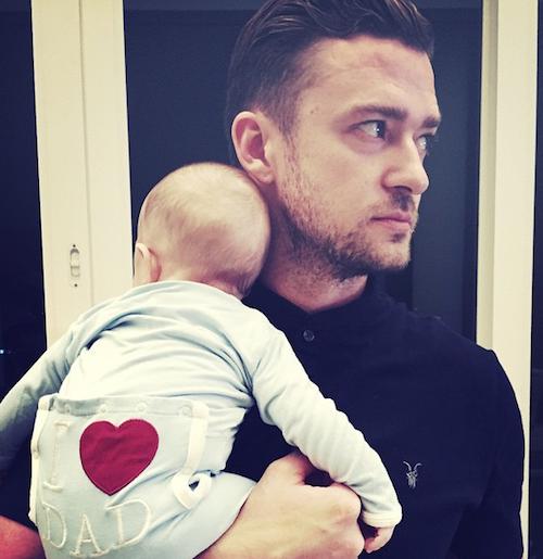Justin Timberlake fier d'être papa avec son fils dans les bras !