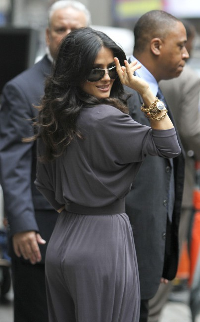 Salma Hayek quitte le studios de Good Morning America à New York, le 11 juillet 2013.
