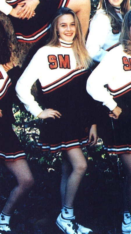 Saurez-vous reconnaître cette pom-pom girl ?