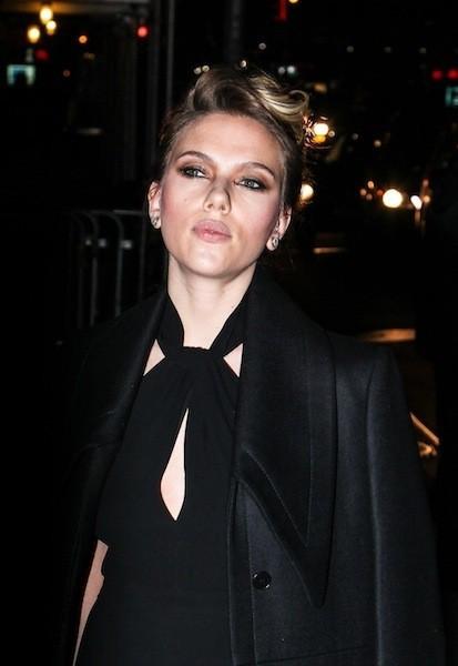 Scarlett Johansson en promo à New York, le 20 novembre 2012.