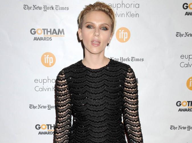 Scarlett Johansson : nouveau tapis rouge glamour mais aucun mot sur son mariage secret... !