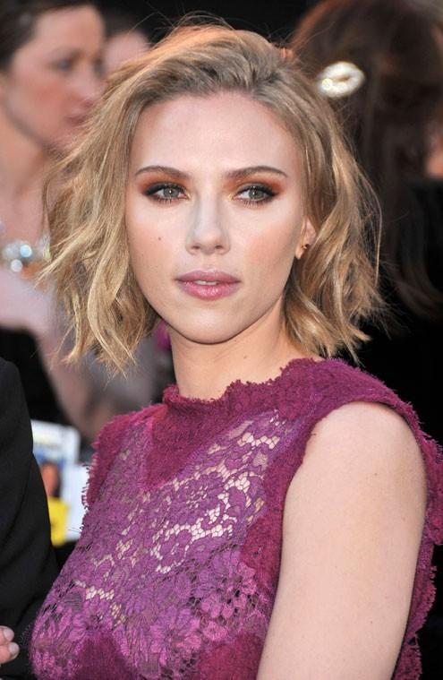 Scarlett Johansson arrivera-t-elle à lui passer la corde au cou ?