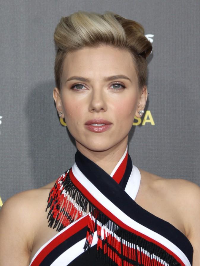 Photos : Scarlett Johansson : Sublime sur le tapis rouge du G'Day USA Gala !
