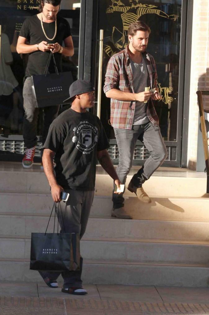 Scott Disick : journée shopping entre mecs avant l'arrivée de son 3ème enfant !