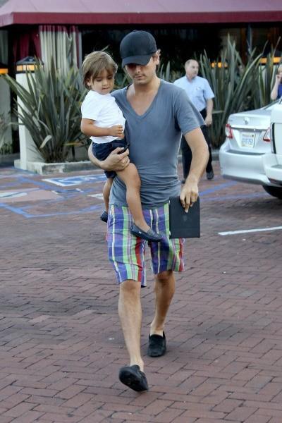Scott Disick et son fils Mason, Malibu, 27 juillet 2012
