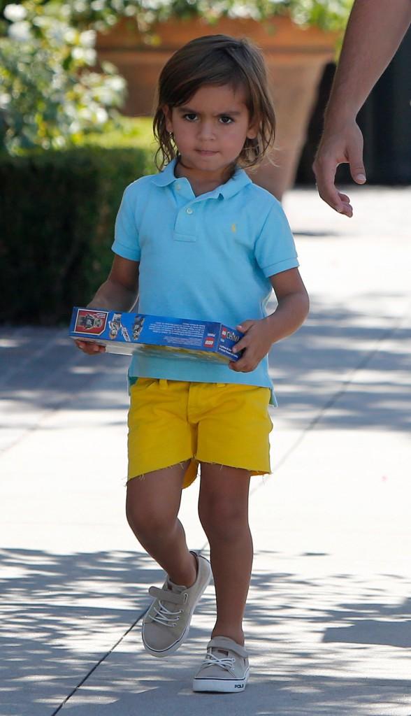 Mason, le fils de Scott Disick et Kourtney Kardashian à LA le 31 juillet 2013