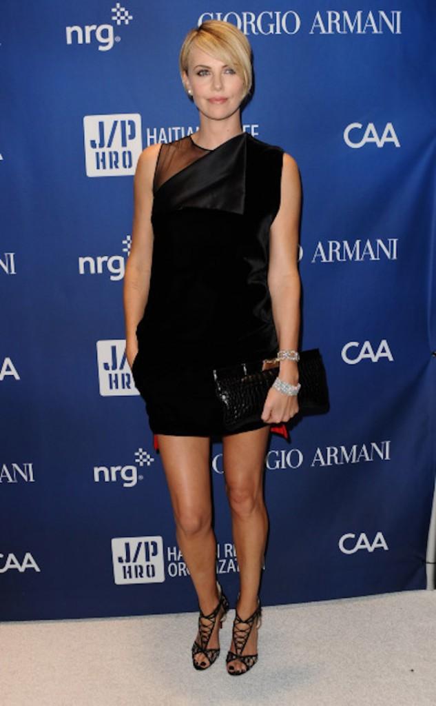 Charlize Theron serait actuellement avec Sean Penn !