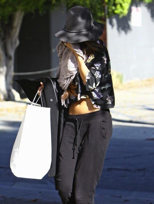 Photos : Selena Gomez : après l'annulation de sa tournée, elle ne veut voir personne !