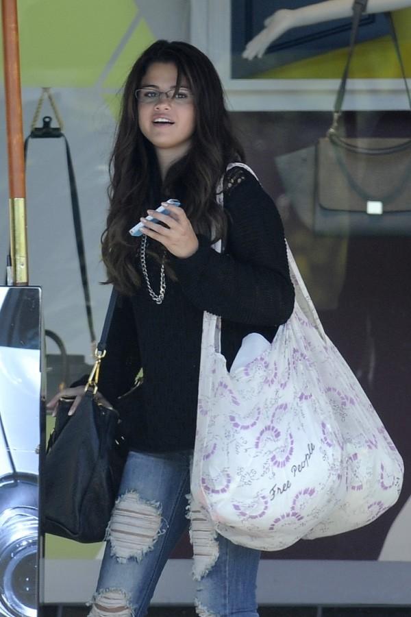 Selena Gomez dans la banlieue de Los Angeles le 24 août 2012
