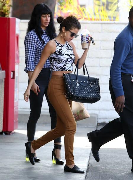 Photos : Selena Gomez : la star a perdu l'amour mais elle peut compter sur le soutien de ses copines pour tourner la page !