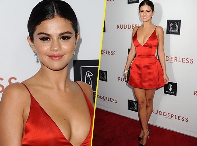 Photos : Selena Gomez : maxi décolleté à la première de Rudderless !