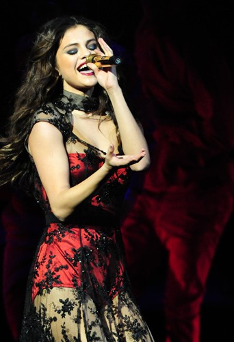 Selena Gomez à Chicago le 12 décembre 2013