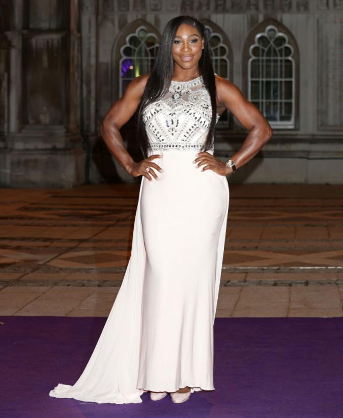 Photos : Serena Williams : (encore) comparée à un homme, elle peut compter sur JK Rowling !