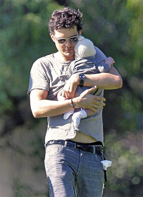 Photo : Orlando Bloom : papa sexy !