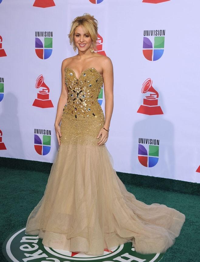 Shakira, étincelante dans sa robe de princesse