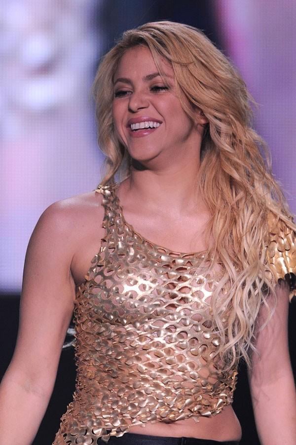 Shakira, l'amour ça lui fait prendre un peu de poids !
