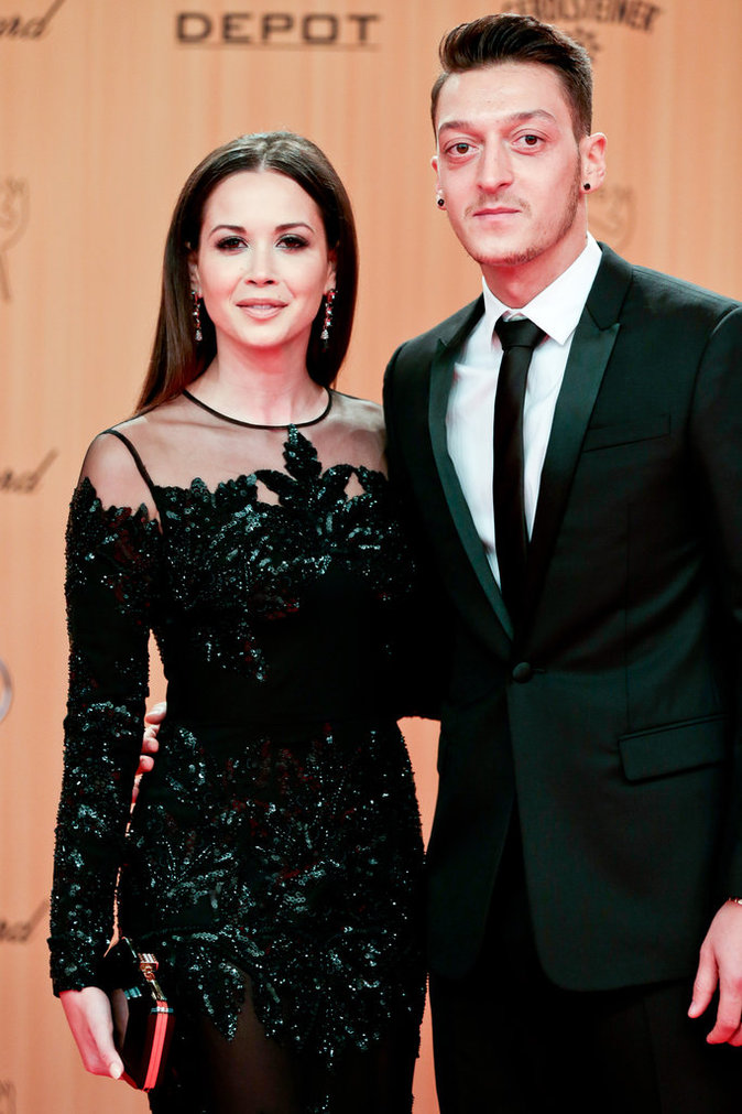 Mandy Capristo et Mesut Ozil