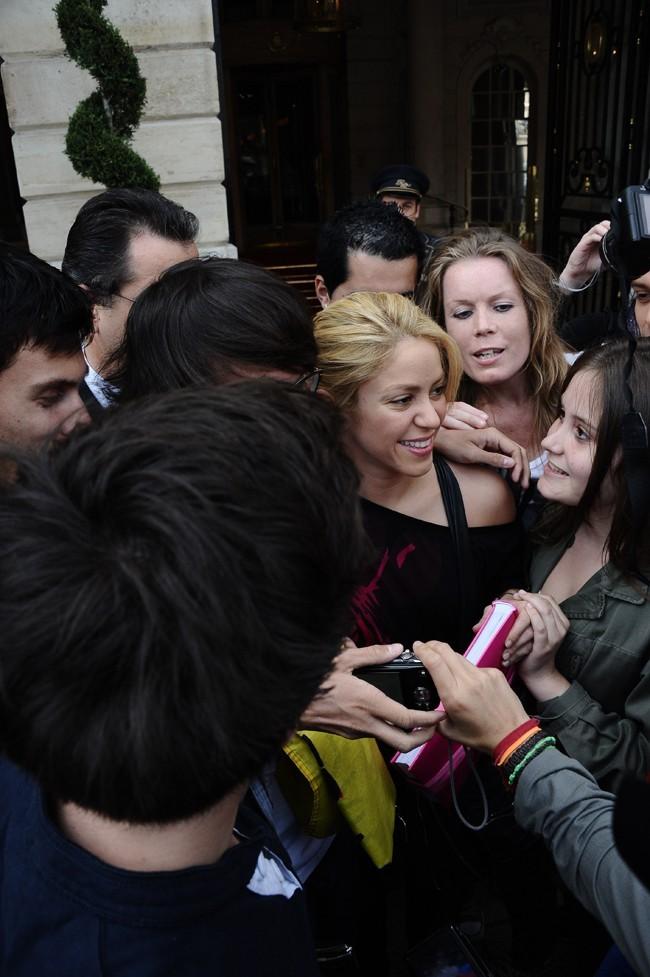 Il n'y en a que pour Shakira. C'est Gerard qui doit être jaloux !
