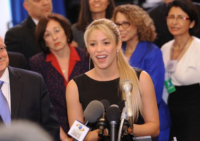 Shakira, la nouvelle Angelina Jolie ?