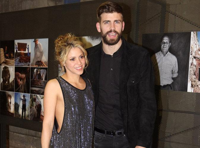 Shakira : une petite robe sexy pour soutenir son mari � Barcelone