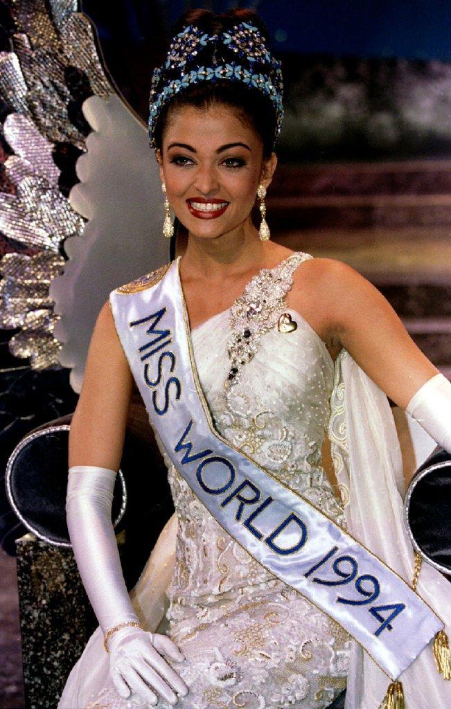 Aishwarya Rai couronnée Miss Monde en 1994