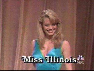 Jeri Ryan couronnée Miss Illinois et 3e dauphine de Miss America en 1989