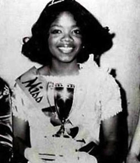 Oprah Winfrey couronnée Miss Black Tennessee en 1971