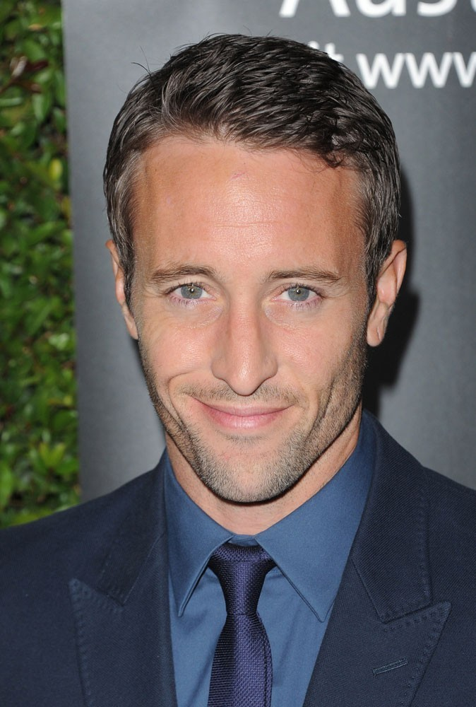 Photos : Alex O'Loughlin est-il l'enquêteur le plus sexy ?