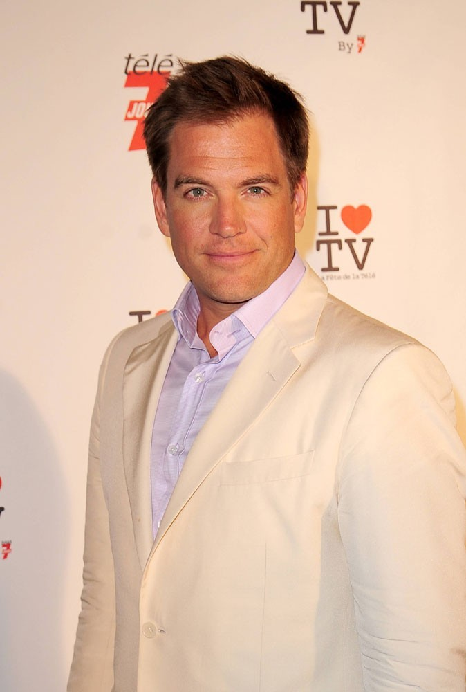 Photos : Micheal Weatherly est-il l'enquêteur le plus sexy ?