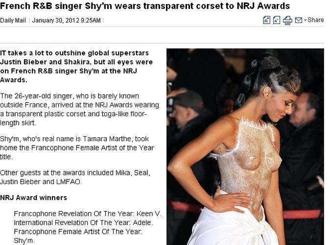 Selon certains journaux, elle a carrément éclipsé les autres artistes !