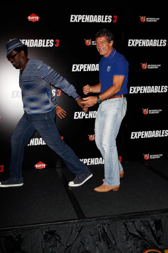 Wesley Snipes et Antonio Banderas lors du photocall d'Expendables 3 à Paris le 7 août 2014.