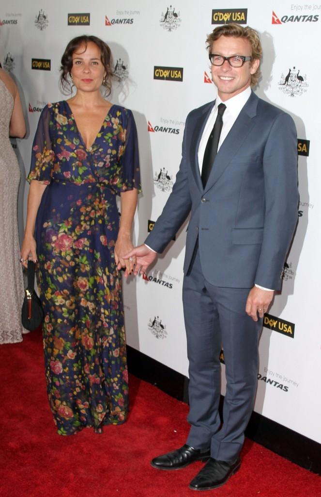 Avec sa femme, Rebecca Rigg !
