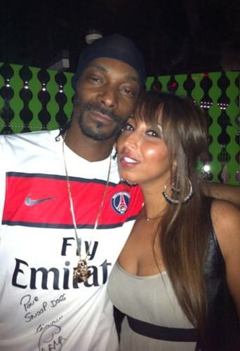Snoop Dogg et Nadia, notre journaliste Public, au VIP Room Theater à Paris, le 5 octobre 2011.