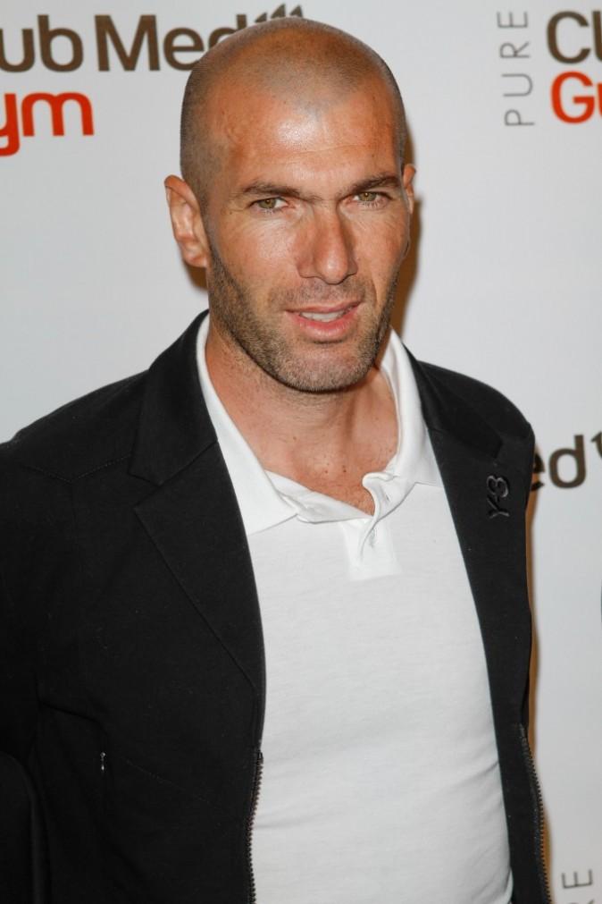 Zinedine Zidane lors de l'inauguration du l'inauguration du Club Med Gym Bastille à Paris, le 7 juin 2012.