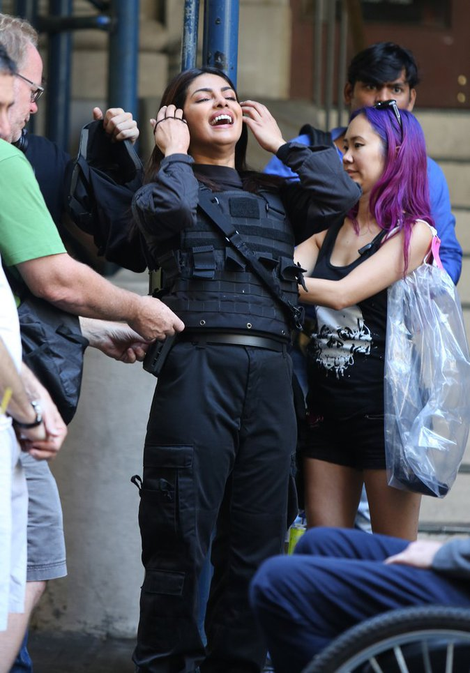 "Priyanka Chopra sur le tournage de la série ""Quantico"" ce mercredi 14 septembre 2016"