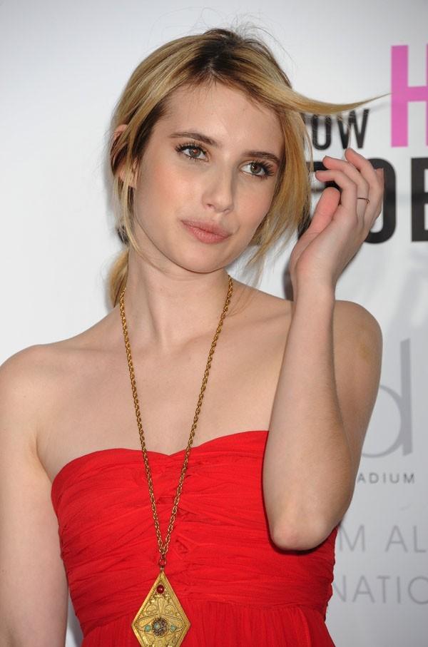 Emma Roberts n'a pas osé les paillettes !