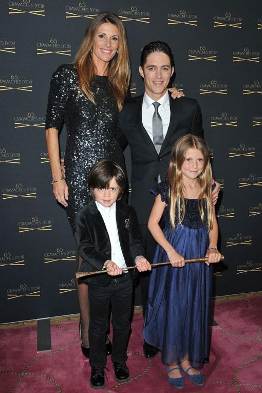 Sophie Thalmann en famille à la 65e cérémonie des Cravaches d'Or organisée à Paris le 14 mars 2014