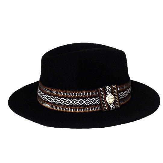 Un joli chapeau fait à la main - Alpachura x Marithé François Girbaud