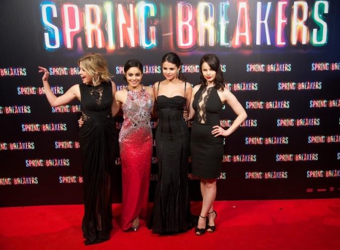 Selena Gomez, Vanessa Hudgens, Ashley Benson et Rachel Korine lors de la première de Spring Breakers à Madrid, le 21 février 2013.