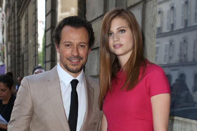 Stefano Accorsi et sa compagne Bianca Vitali au défilé Valentino organisé à Paris le 25 juin 2014