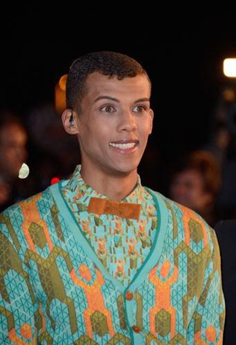 Arrivée de Stromae sur le tapis rouge des Nrj Music Awards 2013